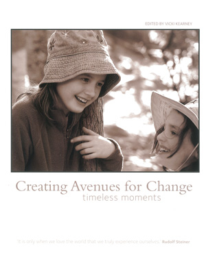 Cover für Creating Avenues for Change, timeless moments